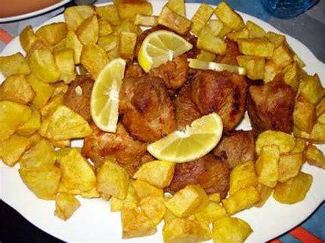 cuisiner sauté de porc recette de sauté de porc à ma façon rojoes de porco à