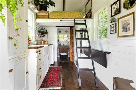 cozy cute tiny house farmhouse living room