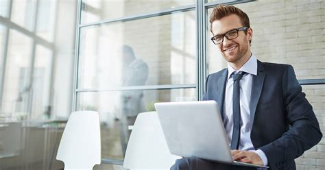 top  business management degrees  study australia
