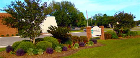 picture of landscaping gulf breeze landscaping llc providing landscaping maintenance construction services