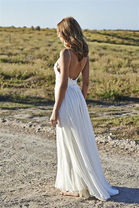 The 13 Steamiest Backless Wedding Dresses And Gowns Not To