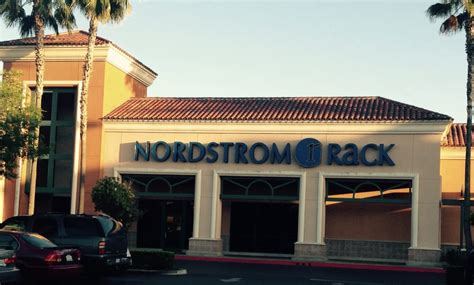 nordstrom rack fresno front yelp