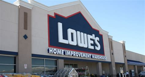 Lowe's Opens Smaller-store Format In Manhattan