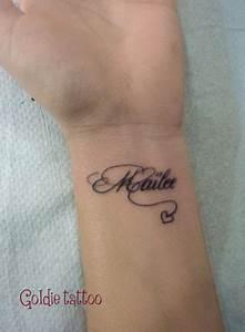 Tatouage Prénom Poignet : style ecriture tatouage poignet ~ Melissatoandfro.com Idées de Décoration