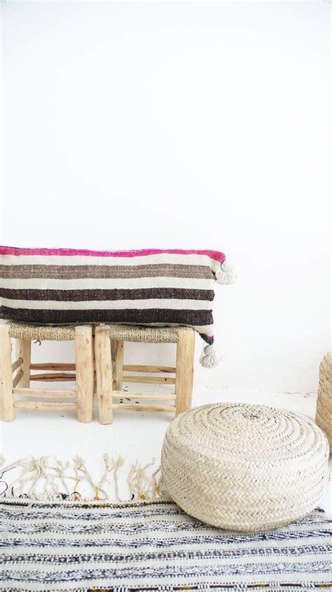 Pom Pom Teppich Vintage Marokkanischen Pom Pom Kissenbezug Streifen Jedes Der Kissenbezug Ist Aus Einem Alten