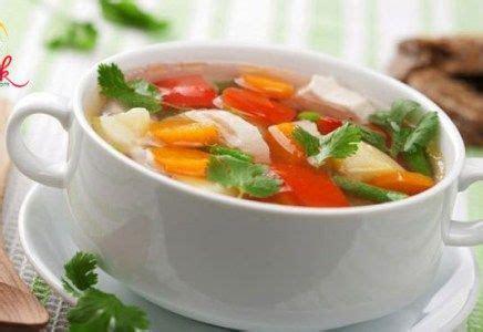 Hal yang perlu disiapkan untuk membuat sayur sop. Resep Masakan Sup, Resep Sayur Sop Bening, clubmasak.com | Resep sup ayam, Resep sayuran, Resep sup