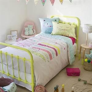 Parure Couette Enfant : parure de lit mia parures de lit enfant carre blanc ~ Teatrodelosmanantiales.com Idées de Décoration