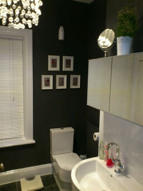 dreamy bathroom  dulux bowler hat paint