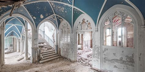 abandoned mansions     heart