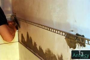 Baguette Finition Carrelage : baguette de finition aluminium collage ~ Dode.kayakingforconservation.com Idées de Décoration