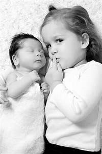 Geschwister Fotoshooting Ideen : sch ne idee f r ein geschwistershooting baby geschwister babyfotos foto baby und ~ Eleganceandgraceweddings.com Haus und Dekorationen