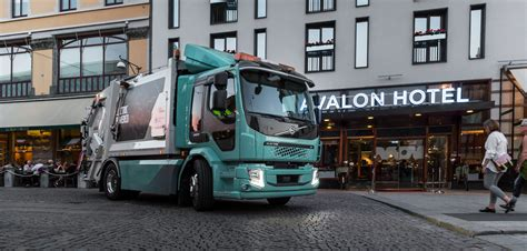 electric volvo trucks delivered electric hybrid