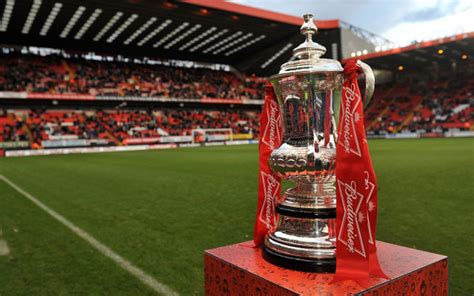FA Cup: What happens in the event of any drawn games?