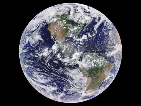 One-pixel Views Of Earth Reveal Seasonal Changes