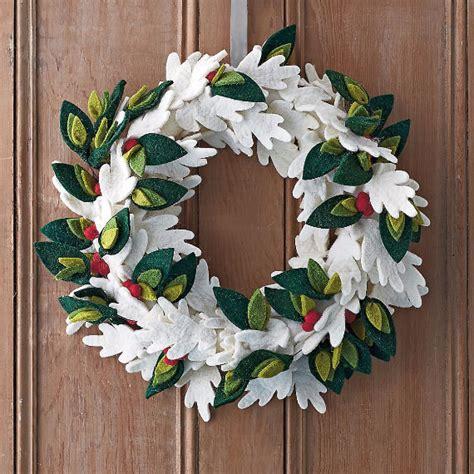 deck  halls  felt christmas crafts family