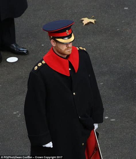 Prince Harry breaks military rules by wearing a beard ...