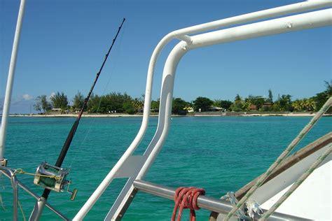 Location Du Catamaran En Demi-journée