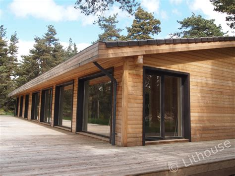 flo eric house modern extremely  insulated eco friendly wooden houses