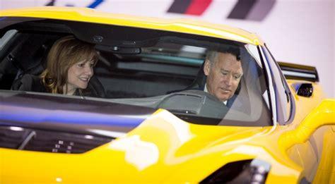 joe biden praises  corvette  gm authority