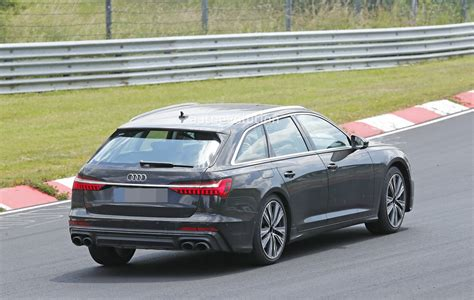 2020 Audi S6 Avant Leans Hard Into Corners At The