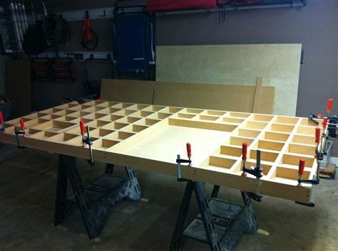 construction   torsion box    table