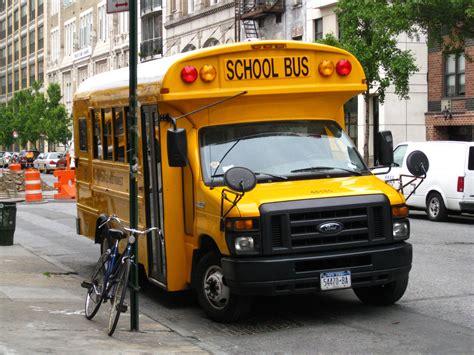 list  school bus manufacturers wikipedia