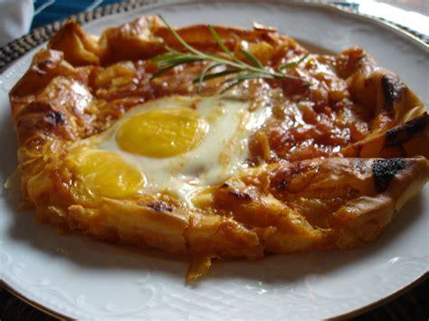 receta de pasta filo rellena de pisto  huevo