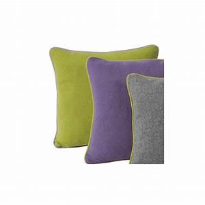 Coussin Vert Anis : coussin de luxe en laine uni vert anis parme ou gris 45 x 45 cm ~ Teatrodelosmanantiales.com Idées de Décoration