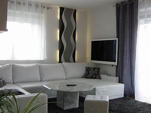 Wie Dekoriere Ich Mein Wohnzimmer : wohnzimmer 39 wohnzimmer in grau wei gr n 39 mein domizil mit neuen farben zimmerschau ~ Bigdaddyawards.com Haus und Dekorationen