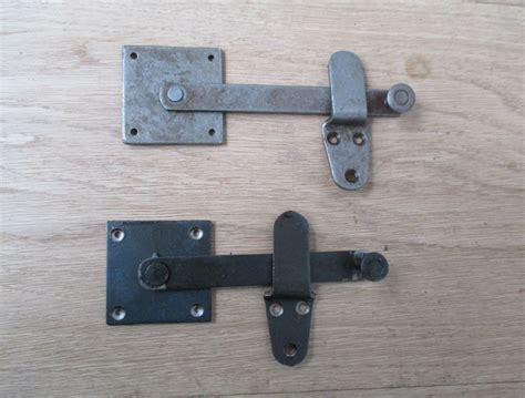 Vintage Privacy Door Cabinet Cupbaord Gate Latch Bar Catch