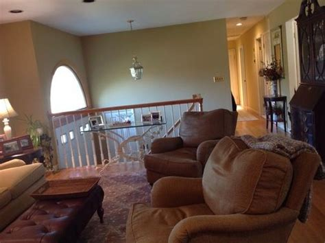 Ideas For Raised Ranch Living Room by Images Of Bathrooms In Raised Ranch Homes