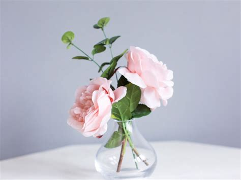 Flowers For Vases by Simple Arrangements In Bud Vases Using The Same Flowers As