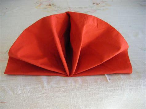 fiori con i tovaglioli di carta come piegare i tovaglioli di carta tutorial per una