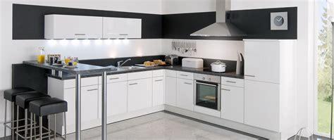 castorama accessoires cuisine cuisine equipee noir ilot de cuisine design cuisine quipe dfinition des accessoires et des