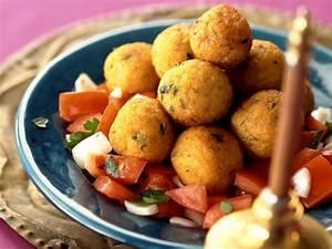 Bulgur Rezepte Vegetarisch : kartoffel bulgur kl chen auf arabische art mit ~ Lizthompson.info Haus und Dekorationen