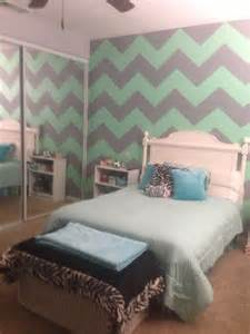 17 best images about shayla bedroom purple chevron mint walls and accent walls