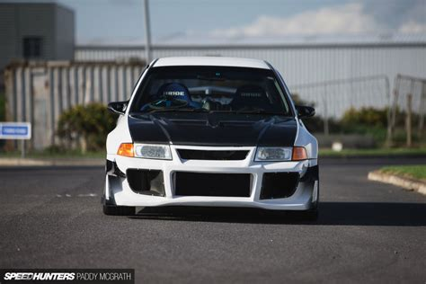 Rs Garage by Fast Light Focused An Evo V Rs Speedhunters
