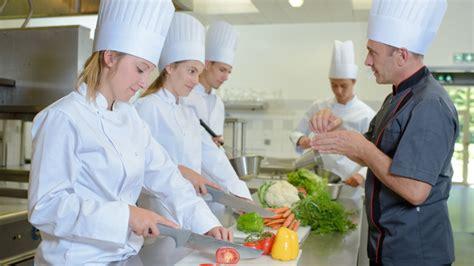 cqp commis de cuisine recrutement le 17 novembre pour le cqp commis de cuisine à