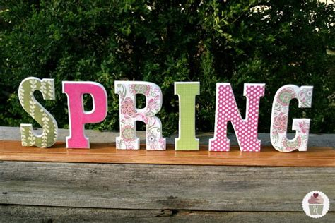 spring wooden letters diy home decor