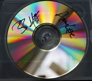 File:WhisperEP.jpg - The Evanescence Reference