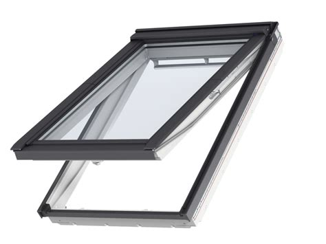 velux gpu pk06 roof window velux gpu 0066 white polyurethane finish