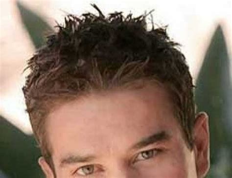 25 Best Curly Haircuts For Guys