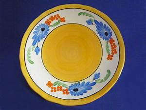 How To Price A Design Early Clarice Cliff Sandflower 9 Inch Plate C1929