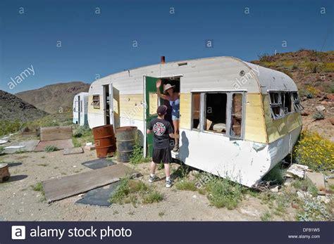 Haus Kaufen Usa California by Alte Verlassene Haus Anh 228 Nger In Mojave W 252 Ste Zu Bewahren