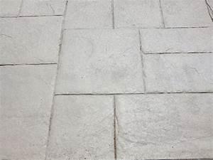 Revetement exterieur beton imprime sur rennes et sur l for Terrasse beton imprime prix m2
