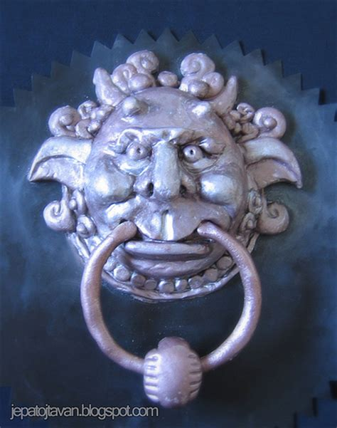 labyrinth door knockers door knocker from labyrinth explore cakes by pixie pie s