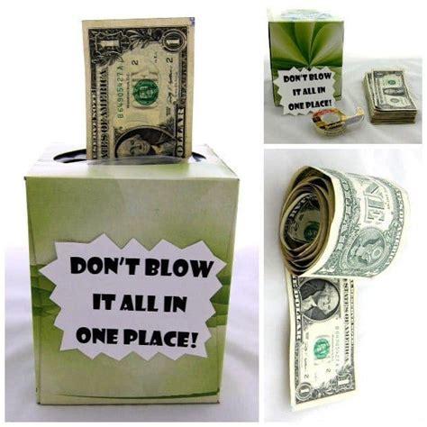 fun creative ways  give money   gift meaningful