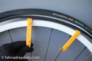 Reifen Von Felge Abziehen : fahrradreifen wechseln ratgeber fotos luftdruck frnet ~ Watch28wear.com Haus und Dekorationen