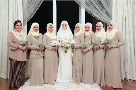 inspirasi warna baju bridesmaids ikahwin