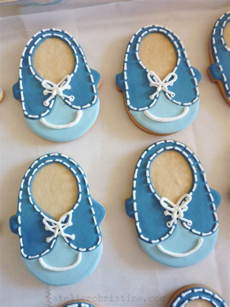 le shoppe baby shoe cookies   boy baby shower